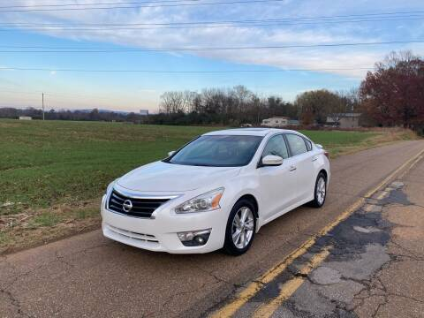 2013 Nissan Altima for sale at Tennessee Valley Wholesale Autos LLC in Huntsville AL