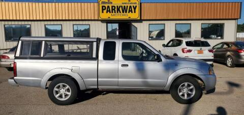 2004 Nissan Frontier for sale at Parkway Motors in Springfield IL