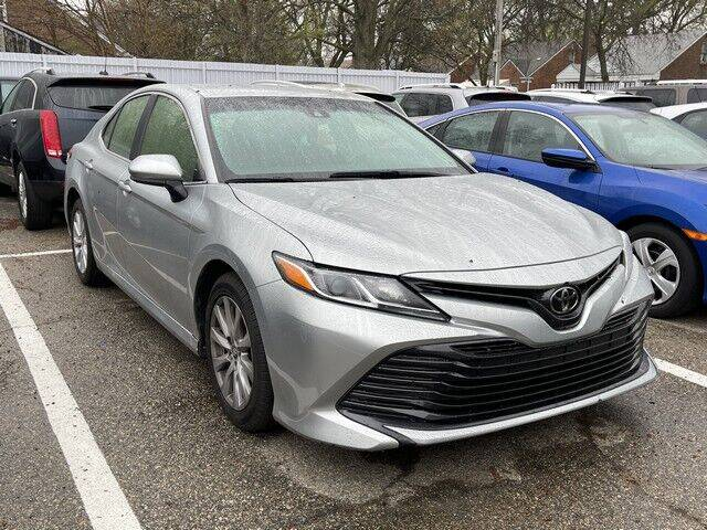 2018 Toyota Camry for sale at SOUTHFIELD QUALITY CARS in Detroit MI