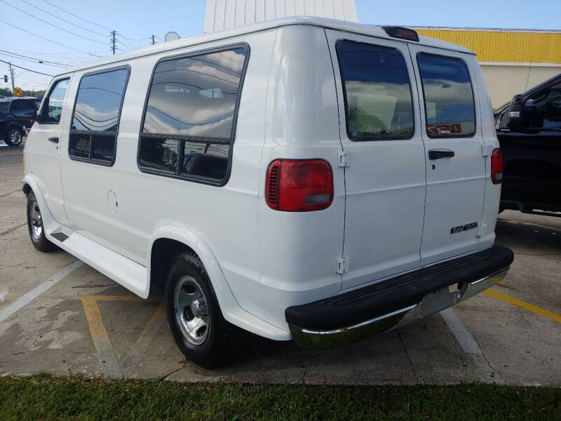 1999 Dodge Ram Van 1500 3dr Commercial/Cutaway/Chassis - Largo FL