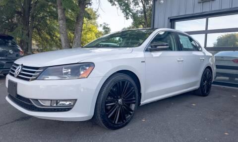 2014 Volkswagen Passat for sale at Luxury Auto Company in Cornelius NC