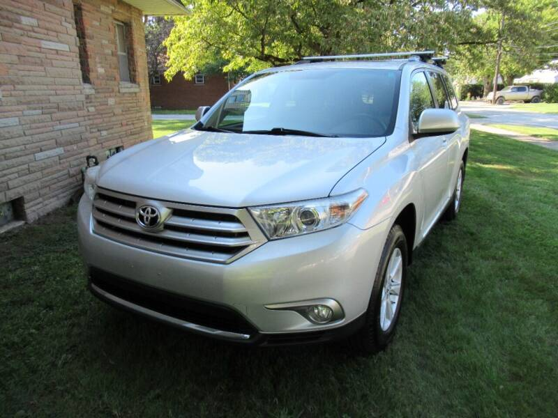 2011 Toyota Highlander for sale at Lake County Auto Sales in Painesville OH