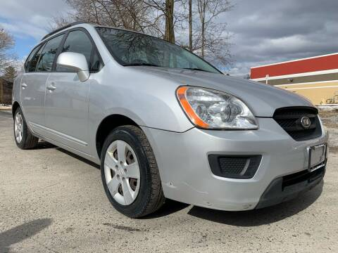 2009 Kia Rondo for sale at Auto Warehouse in Poughkeepsie NY