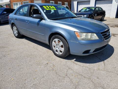 2010 Hyundai Sonata for sale at Street Side Auto Sales in Independence MO