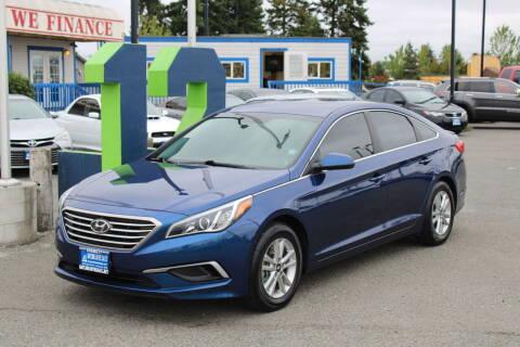 2017 Hyundai Sonata for sale at BAYSIDE AUTO SALES in Everett WA