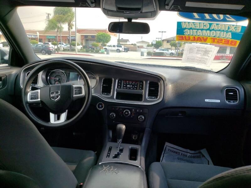 2011 Dodge Charger Rallye 4dr Sedan - Montebello CA