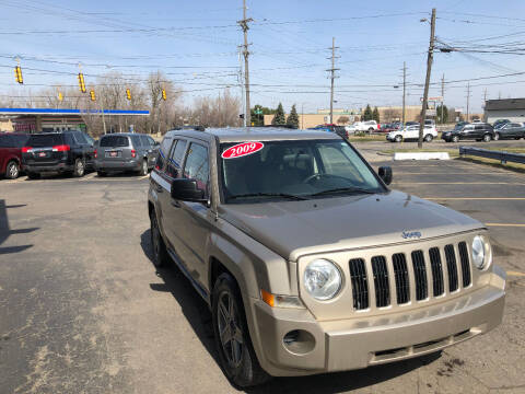 2009 Jeep Patriot for sale at Drive Max Auto Sales in Warren MI