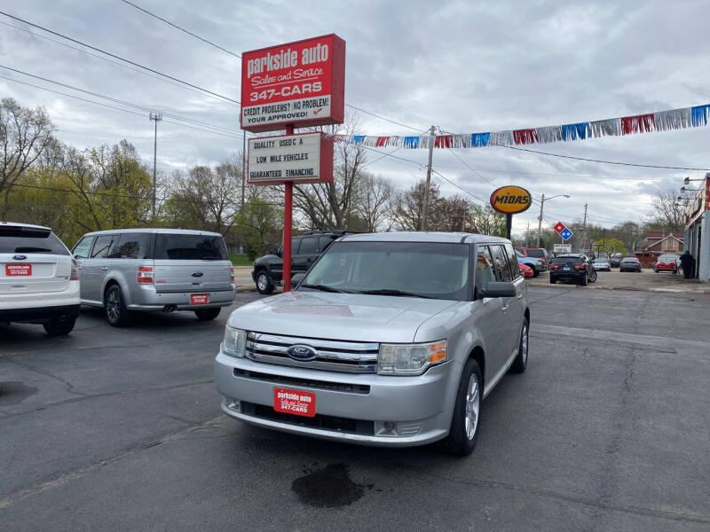 2009 Ford Flex for sale at Parkside Auto Sales & Service in Pekin IL