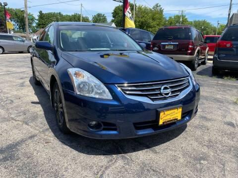 2011 Nissan Altima for sale at COMPTON MOTORS LLC in Sturtevant WI