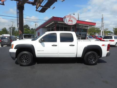 2010 GMC Sierra 1500 for sale at The Carriage Company in Lancaster OH