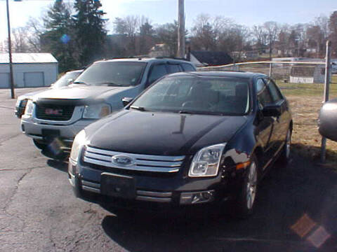 2009 Ford Fusion for sale at Bates Auto & Truck Center in Zanesville OH