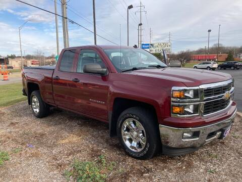 2014 Chevrolet Silverado 1500 for sale at Auto Outlets USA in Rockford IL
