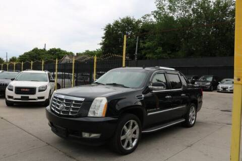 2009 Cadillac Escalade EXT for sale at F & M AUTO SALES in Detroit MI