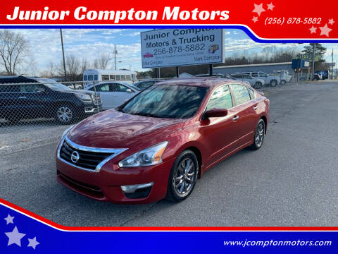 2015 Nissan Altima for sale at Junior Compton Motors in Albertville AL