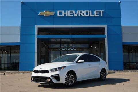 2020 Kia Forte for sale at Lipscomb Auto Center in Bowie TX