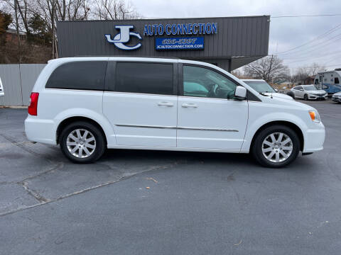 2015 Chrysler Town and Country for sale at JC AUTO CONNECTION LLC in Jefferson City MO
