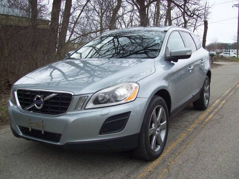 2013 Volvo XC60 for sale at Edgewater of Mundelein Inc in Wauconda IL