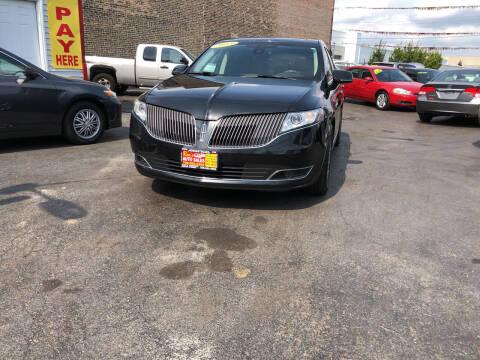 2013 Lincoln MKT for sale at RON'S AUTO SALES INC in Cicero IL