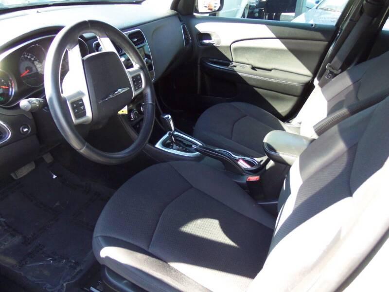 2012 Chrysler 200 Touring 4dr Sedan - Easton PA