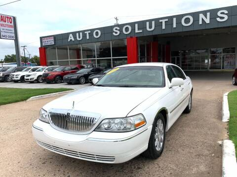 2010 Lincoln Town Car for sale at Auto Solutions in Warr Acres OK