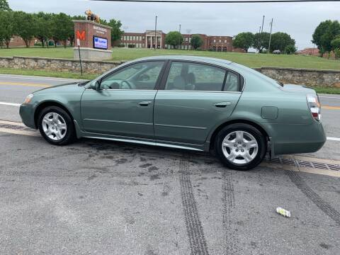 2003 Nissan Altima for sale at GET N GO USED AUTO & REPAIR LLC in Martinsburg WV