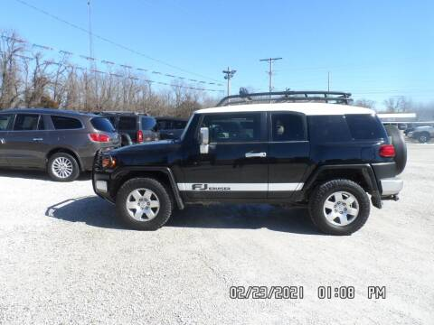 2007 Toyota FJ Cruiser for sale at Town and Country Motors in Warsaw MO