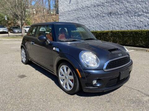 2009 MINI Cooper for sale at Select Auto in Smithtown NY