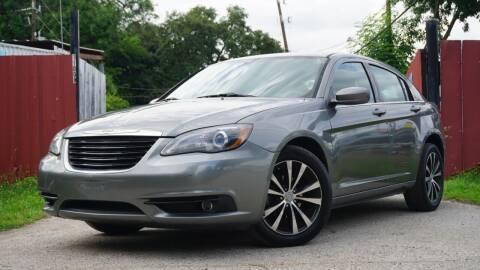 2013 Chrysler 200 for sale at Hidalgo Motors Co in Houston TX