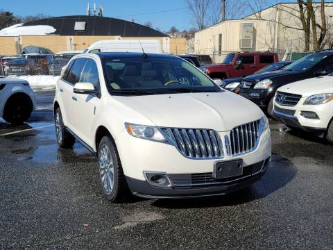 2013 Lincoln MKX for sale at AW Auto & Truck Wholesalers  Inc. in Hasbrouck Heights NJ