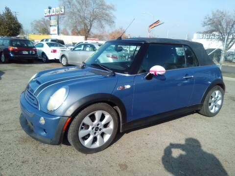 2005 MINI Cooper for sale at Larry's Auto Sales Inc. in Fresno CA