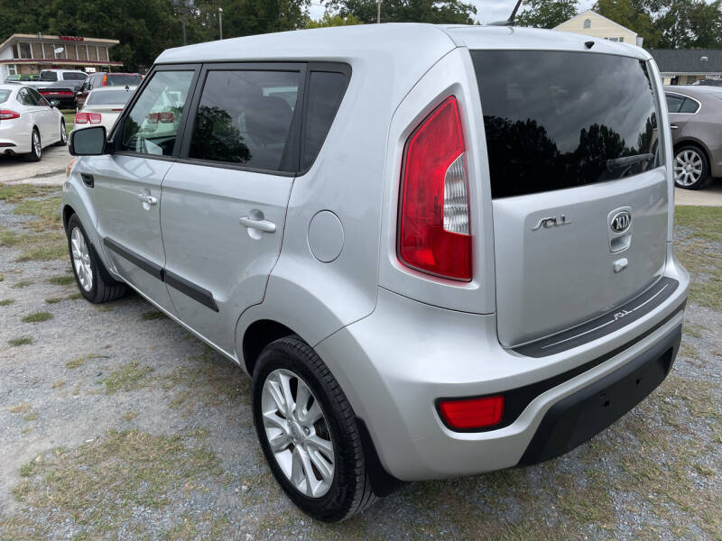 2013 Kia Soul for sale at LAURINBURG AUTO SALES in Laurinburg NC