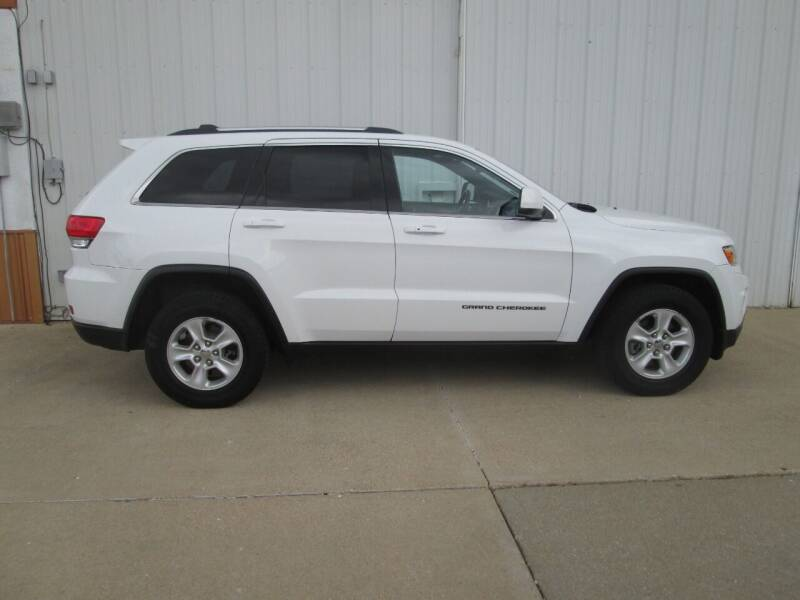 2014 Jeep Grand Cherokee for sale at Parkway Motors in Osage Beach MO