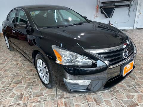 2015 Nissan Altima for sale at TOP SHELF AUTOMOTIVE in Newark NJ