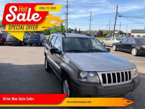 2004 Jeep Grand Cherokee for sale at Drive Max Auto Sales in Warren MI