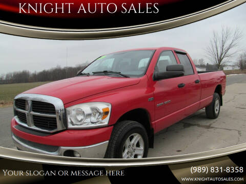 2007 Dodge Ram Pickup 1500 for sale at KNIGHT AUTO SALES in Stanton MI