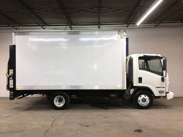 2015 Isuzu NPR Box Truck 6.0L V8 with 160 for sale at DKR Trucks in Arlington TX