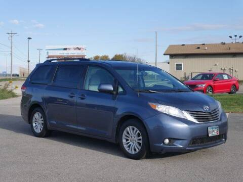 2014 Toyota Sienna for sale at Park Place Motor Cars in Rochester MN