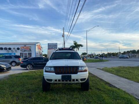 2002 Jeep Grand Cherokee for sale at ONYX AUTOMOTIVE, LLC in Largo FL
