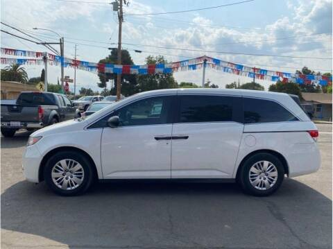 2016 Honda Odyssey for sale at Dealers Choice Inc in Farmersville CA