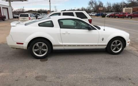2006 Ford Mustang for sale at 4 B CAR CORNER in Anadarko OK
