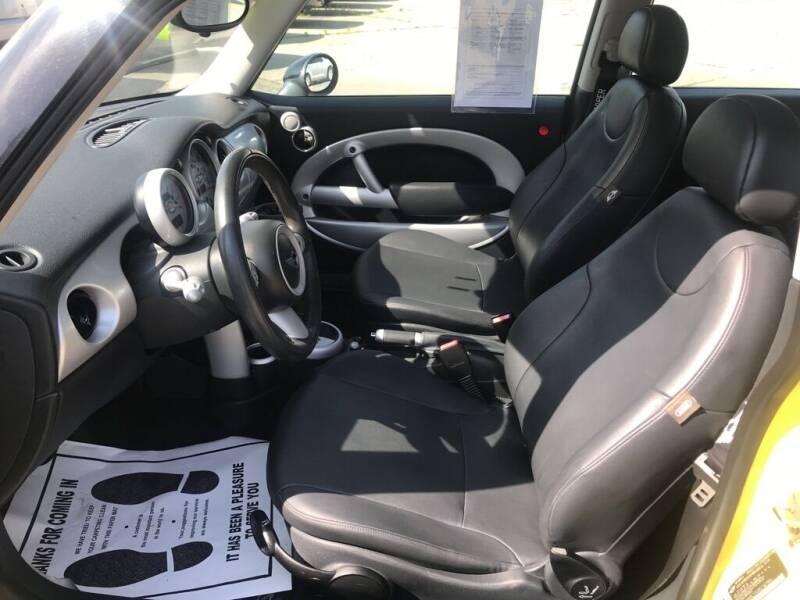 2005 MINI Cooper for sale at Ridetime Auto in Suffolk VA