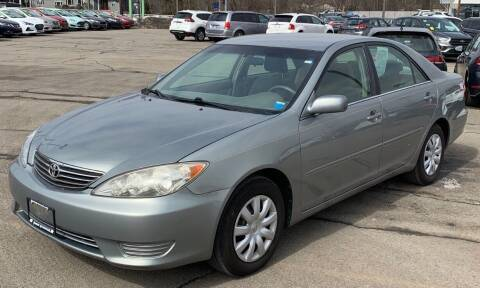 2005 Toyota Camry for sale at Cars 2 Love in Delran NJ