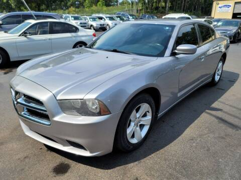 2013 Dodge Charger for sale at GEORGIA AUTO DEALER, LLC in Buford GA
