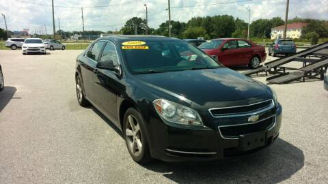 2009 Chevrolet Malibu for sale at Kelly & Kelly Supermarket of Cars in Fayetteville NC