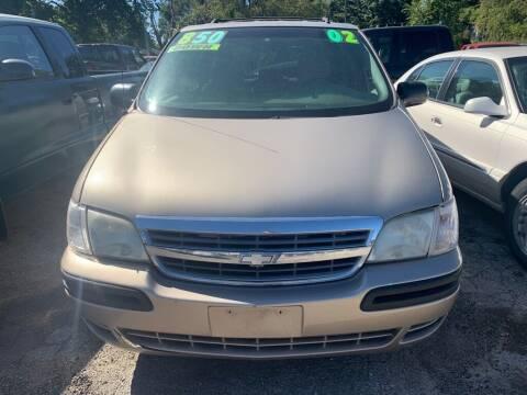 2002 Chevrolet Venture for sale at ALVAREZ AUTO SALES in Des Moines IA
