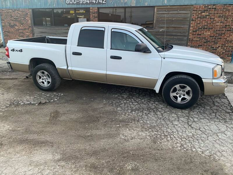 2005 Dodge Dakota for sale at Kansas Car Finder in Valley Falls KS