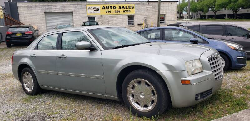 2005 Chrysler 300 for sale at On The Road Again Auto Sales in Doraville GA
