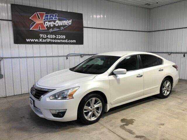 2015 Nissan Altima for sale at Karl Pre-Owned in Glidden IA