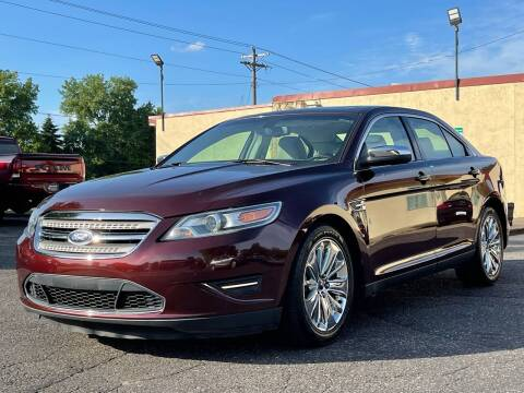 2012 Ford Taurus for sale at North Imports LLC in Burnsville MN
