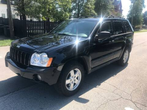 2007 Jeep Grand Cherokee for sale at Eddie's Auto Sales in Jeffersonville IN